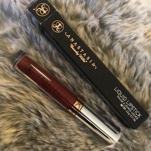 Anastasia liquid lipstick in Heathers